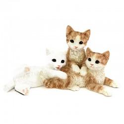Tris di gattini marroni in resina siliconica colorata 38x18 cm