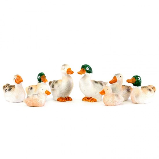 Group of ducks for nativity scene 8 pieces 3,5 cm