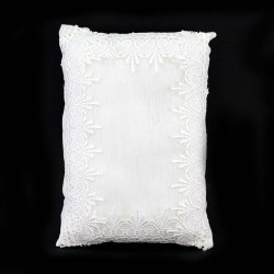 Pillow for Child Jesus with cloth and lace 16x24 cm