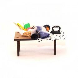 Tavolo da stiro per presepe 7x5,5 cm