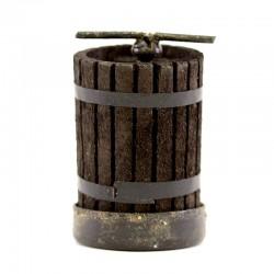 Torchio in legno per presepe 3x5 cm