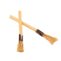 Set of 2 miniature brushes for nativity scene