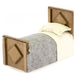 Bed in wood and clothes for nativity scene 7x10.5x15.5 cm