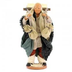 Uomo con conigliera in terracotta vestita 12 cm