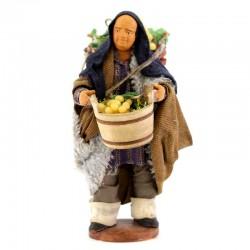 Uomo con cesto e tinozza terracotta vestita 12 cm