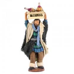 Uomo con cassetta e fiaschi in terracotta vestita 12 cm