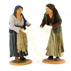 Donne che strizzano lenzuolo terracotta vestita 30 cm