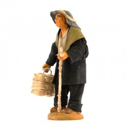 Man with luggage in terracotta with dress 10 cm