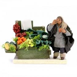 Fruttivendolo con banchetto in terracotta vestita 10 cm