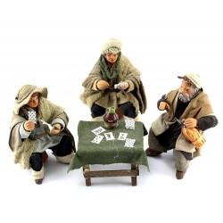 Giocatori di carte con banchetto in terracotta vestita 10 cm