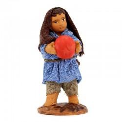 Fanciullo con palla in terracotta vestita 10 cm