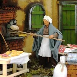 Moving baker scene with dressed terracotta 12 cm