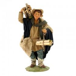 Uomo con legna in terracotta vestita 24 cm