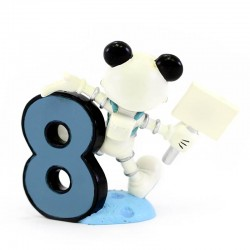 Mickey Mouse number 8 8 cm Disney Showcase 4017908