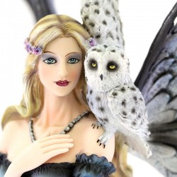 Fairy Lorelei with owl and wolf 39 cm Les Alpes